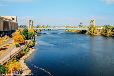 Hennepin Ave. Bridge, Mississippi River, Minneapolis