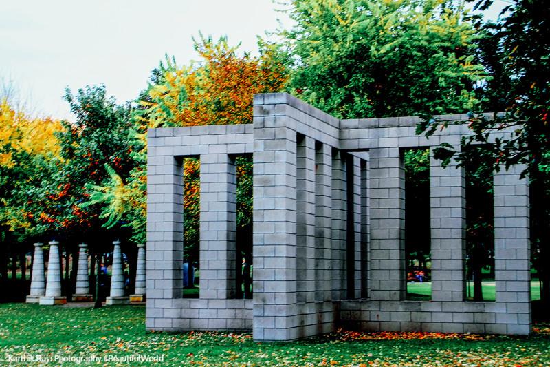 X with Columns, Sol LeWitt, Minneapolis Sculpture Garden