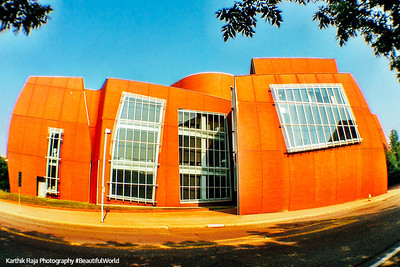 University of Cincinnati - Frank Gehry designed Vontz Center