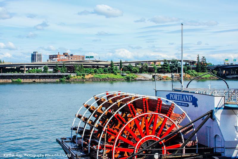 Cruising the Willamette River, Portland, Oregon