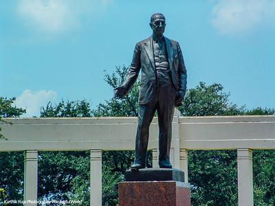 Statue, Dallas, Texas