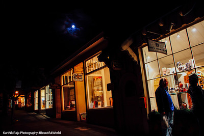 Blue Moon, Ocean Avenue, Carmel by the Sea, California