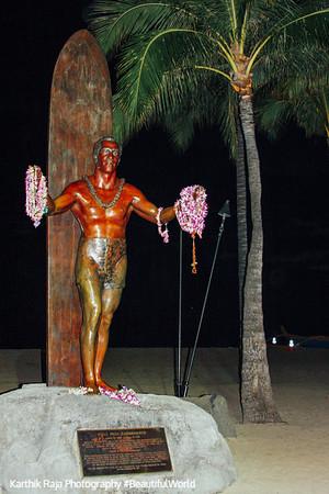 Duke Kahanamoku in Waikiki beach, Oahu, Hawaii, USA