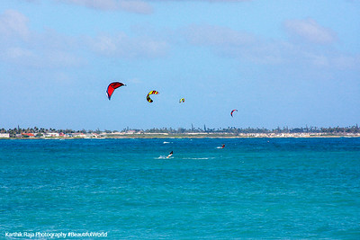 Wind surfers on North Shore, Oahu, Hawaii, USA