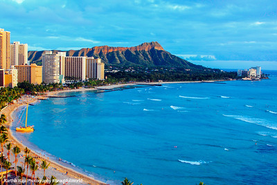 Waikiki Beach with Diamond Head, Oahu, Hawaii, USA