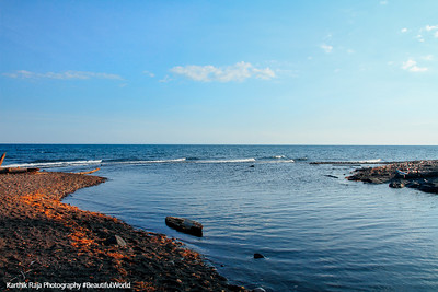Knife Rive meets Lake Superior, North Shore Scenic Drive, Duluth to Two Harbors