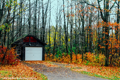 House in the woods, North Shore Scenic Drive, Duluth to Two Harbors