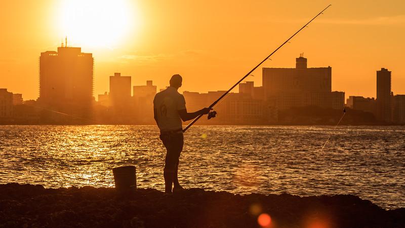 Malecón evening, sundown, Angler, people