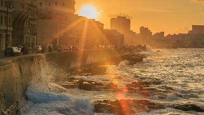 Malecón evening, sundown