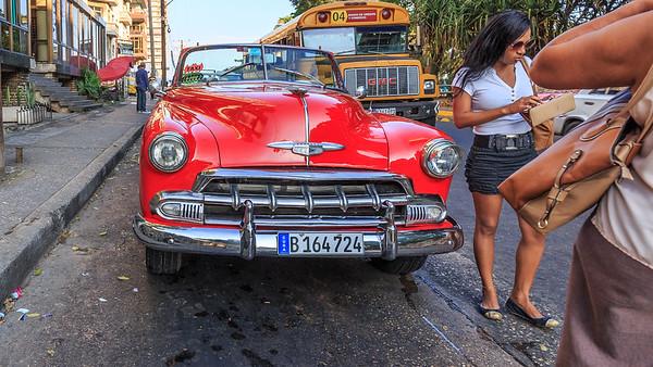 Habana Vieja, car, oldtimer, people