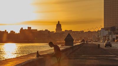 Malecón, sunrise, El Capitol