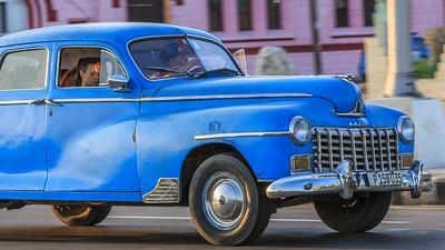 Dodge D24 Town Sedan 1948 , Malecón
