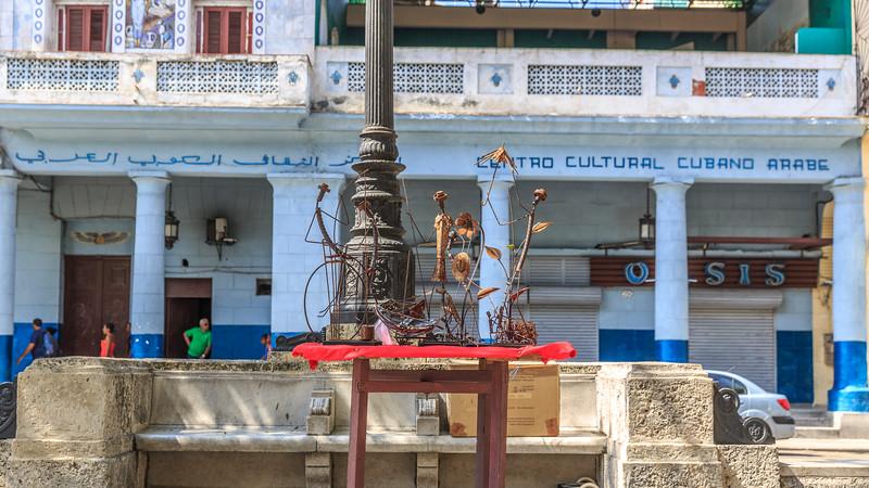 Paseo del Prado/de Martí, arts fair, centro cultural cubano arabe