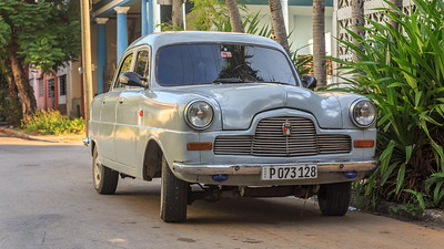 Amauris englischer Ford von 1951, Vedado (Havanna) am Morgen, car