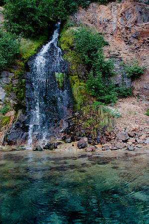 One of the streams that flows into Crater Lake