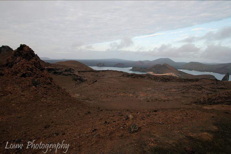 "Bartolomé, <a target=""NEWWIN"" href=""http://en.wikipedia.org/wiki/Gal%C3%A1pagos_Islands"">Galápagos Islands</a>"