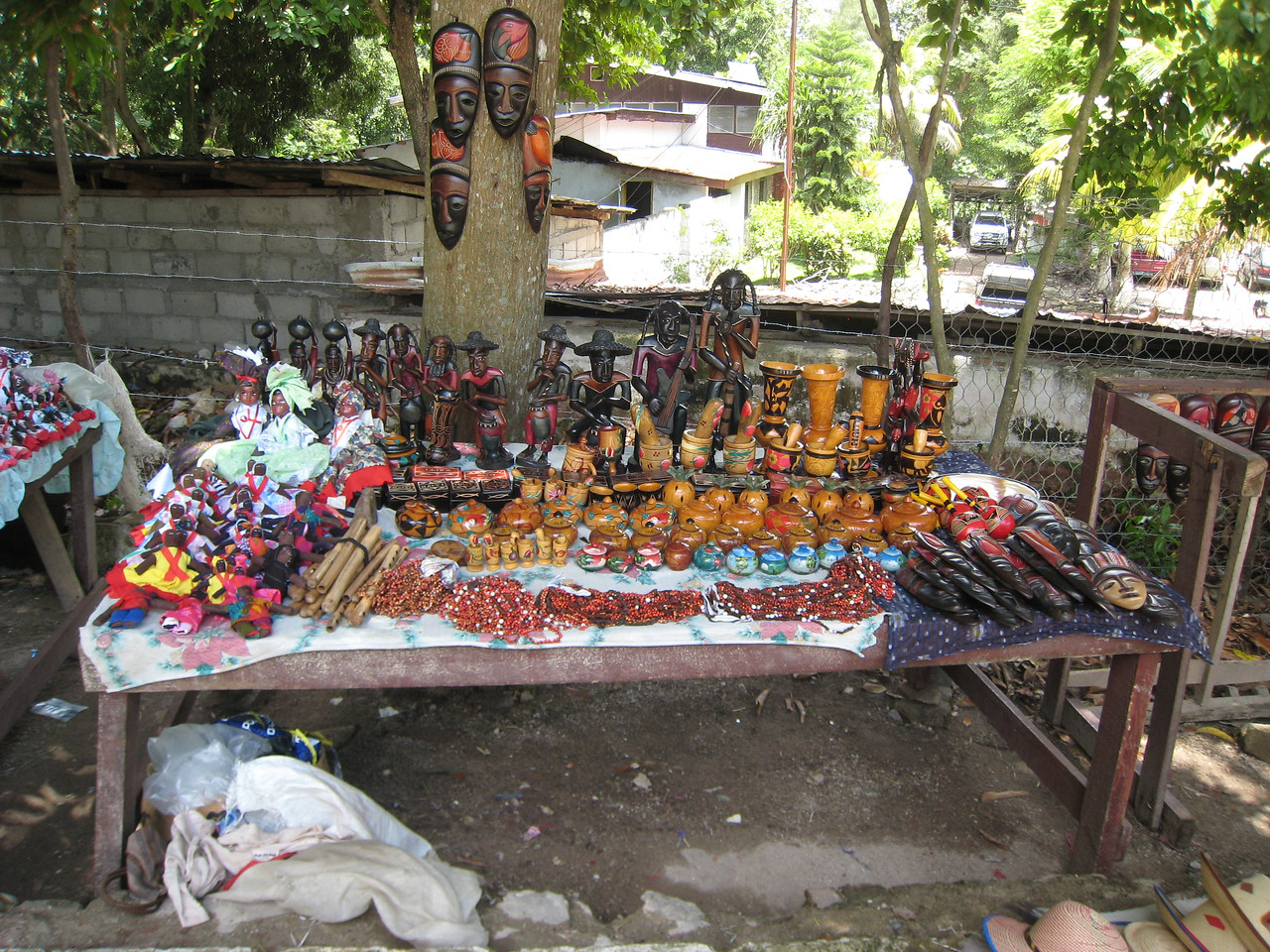Lots of haitian art for sale - they are a very artistic people