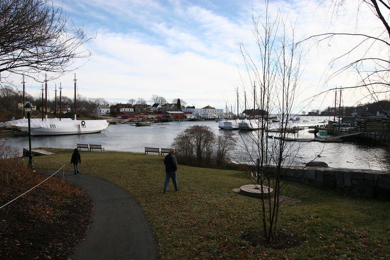 Camden Harbor, Dec 2004