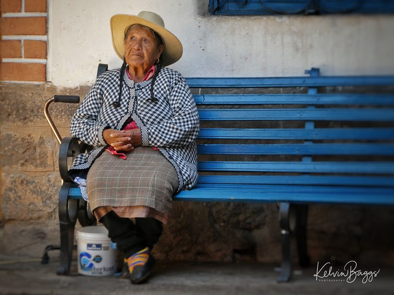 Lady on a bench, Cusco