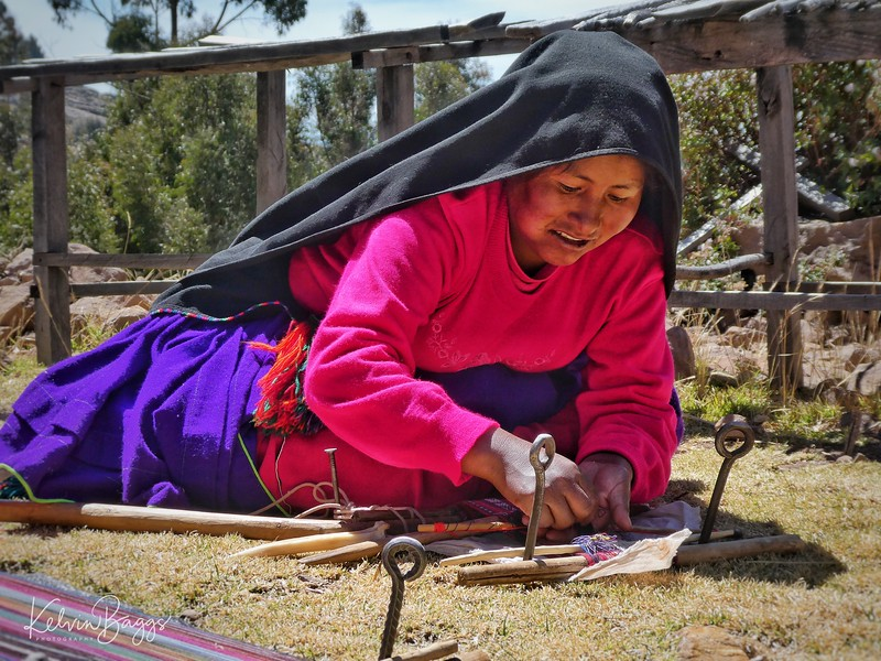 Taquile Island: local women weaving
