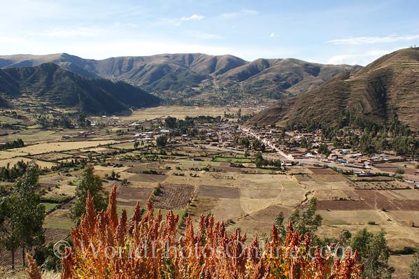 Sacred Valley - Pisaq - Town Scene & Quinoa