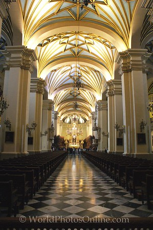 Lima - Cathedral - Nave