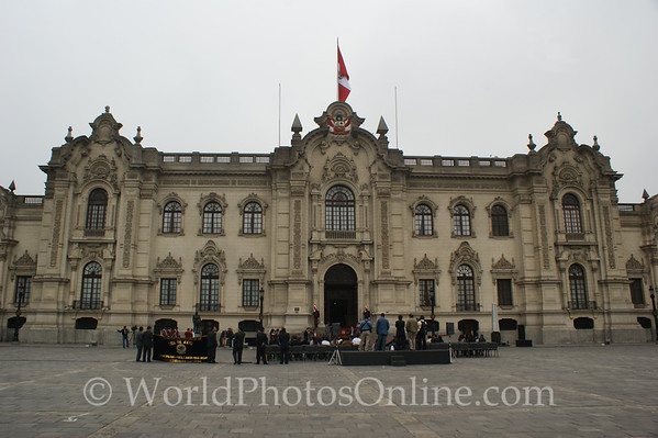 Lima - Plaza Mayor - Government Palace
