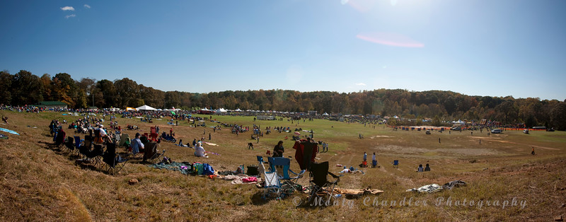 Afternoon at the Balloon Festival - a little sun, a cool breeze, a nice bottle of Red..  Simply awesome.