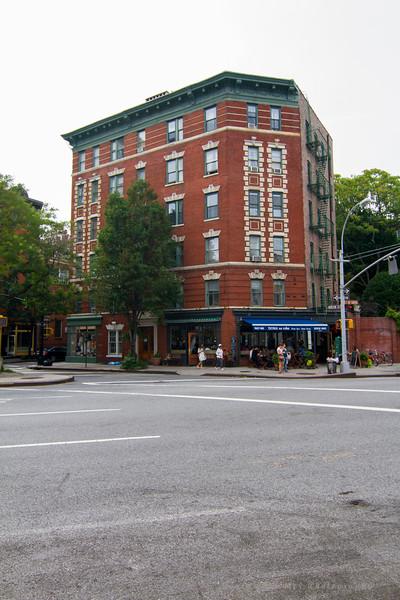 Greenwich Village - Morton St & 7th Ave South