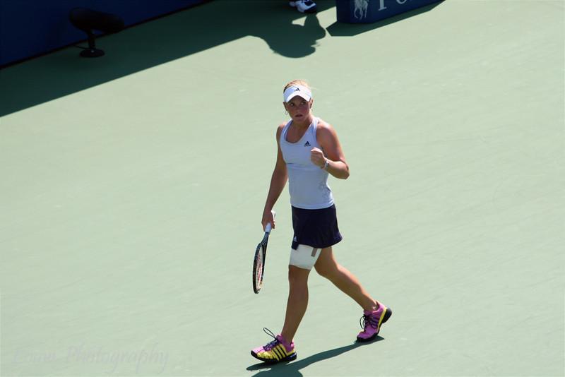 Melanie Oudin at the 2009 U.S. Open Round 3 vs. Maria Sharapova. September 5, 2009.