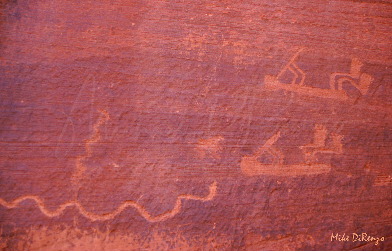 Monument Valley Petroglyphs  7806  w25