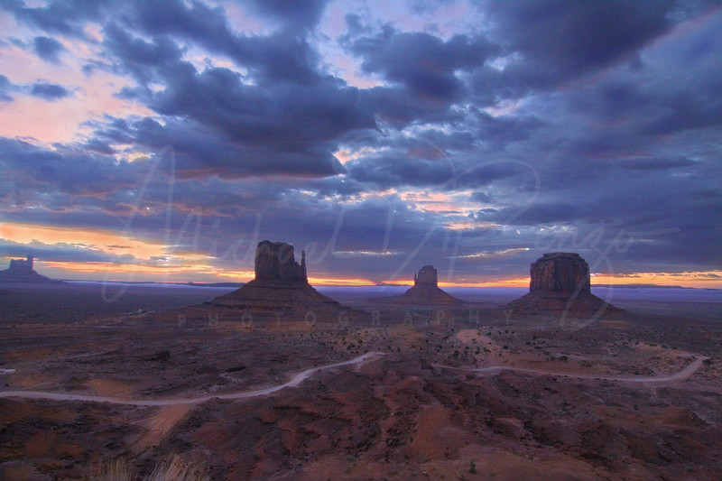 Navajo Country Skies 8106