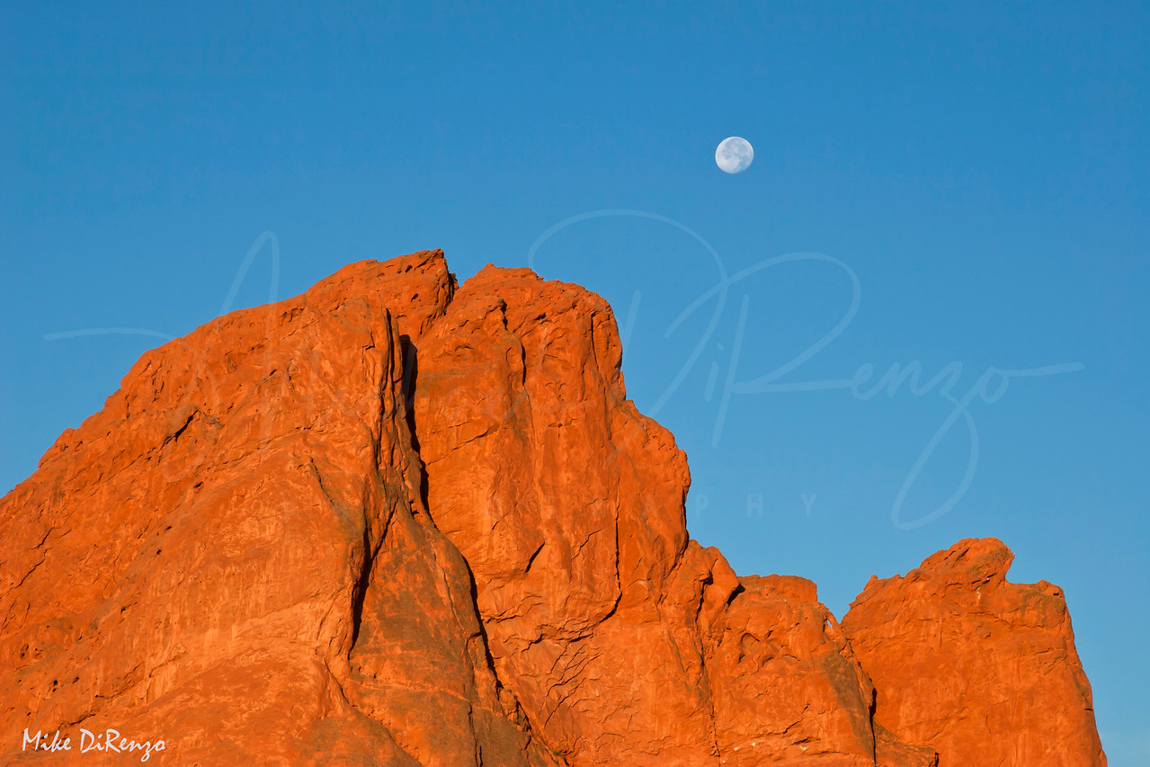 Garden of the Gods and Moon  0211  w25