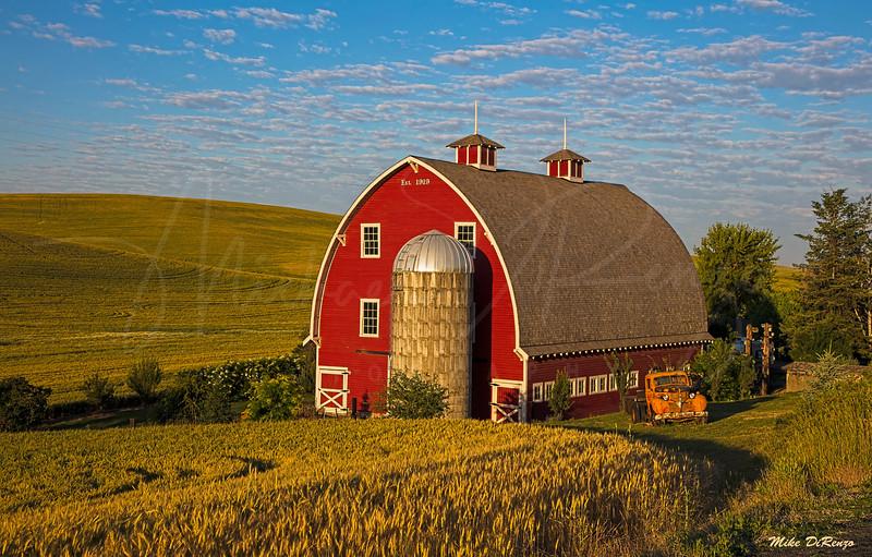 Red Barn 7123 w51