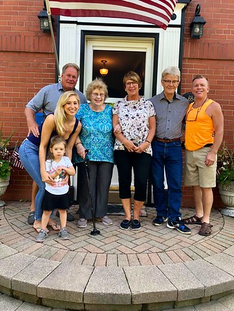 Carol Larsons familj