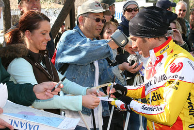 IMG_3423 Happy fans with Gilberto Simoni