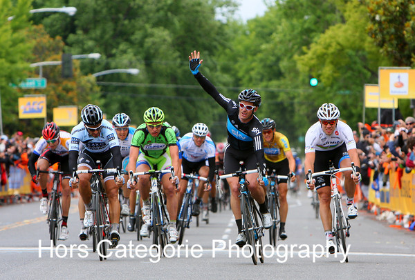 2011 Stage 3 - Finish in Modesto