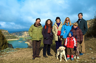 Bundi, Paola, Marilisa, Celeste, Gianni, Alfonso, Max e Indix. La conexión italiana.