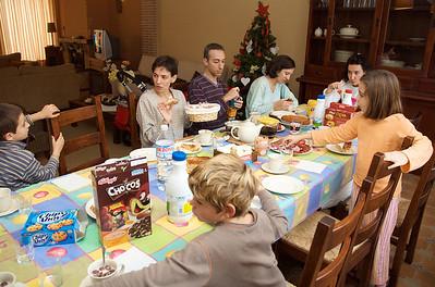 ¡A la mañana siguiente! Y sigue la serie, esta vez el desayuno.