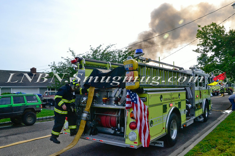 AMITYVILLE F D HOUSE FIRE 17 MACDONALD AVE 7-6-2014-1