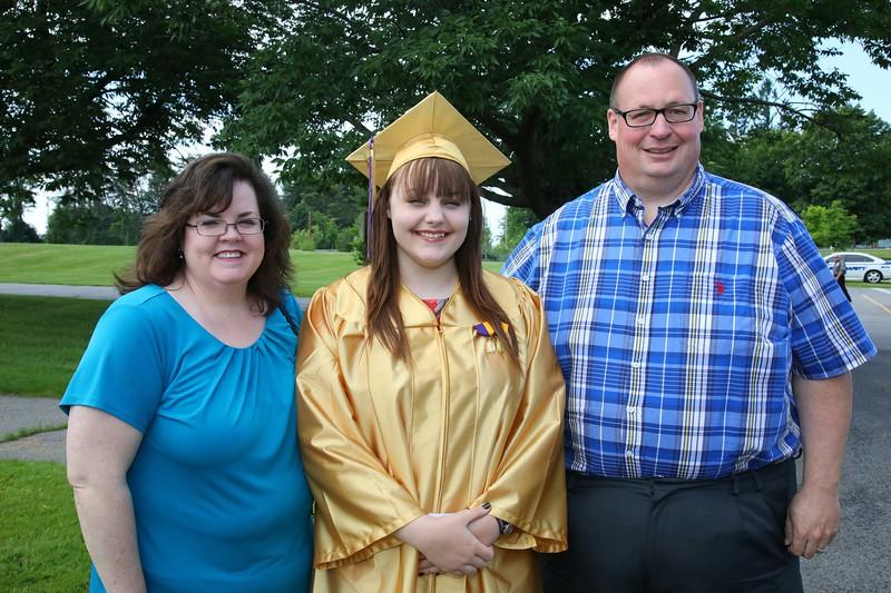 Ann Marie, Allison and Ronald Hess before graduation