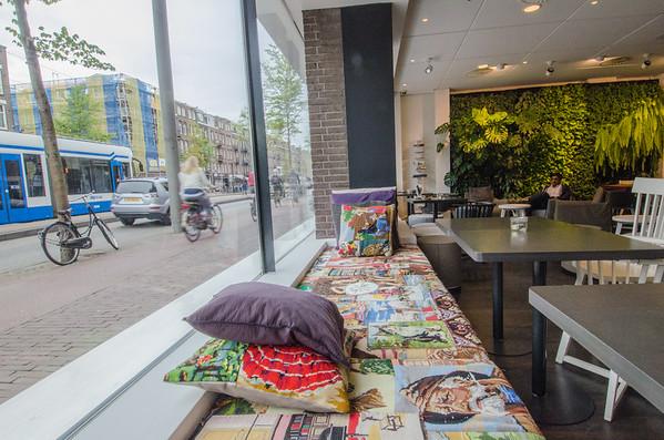 Conscious Hotel Vondelpark Lobby