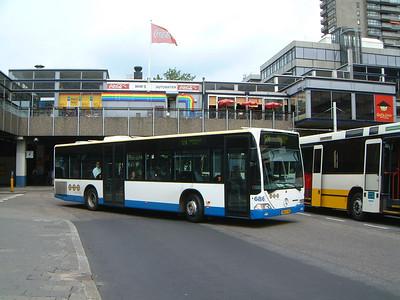 Connex 686 Utrecht Bus Stn Jul 03