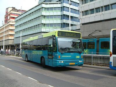 Connexion 2690 Utrecht Bus Stn Jul 03