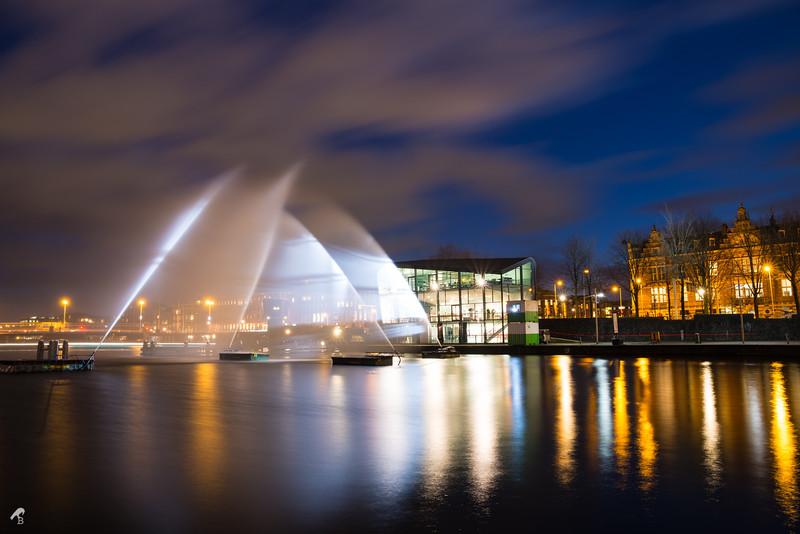 Amsterdam Light Festival<br /> Installation: Ghost Ship, Oosterdok, Amsterdam<br /> VisualSKIN (Romania), Virgiliu Guraliuc, Alexandra Suciu, Daiana Folea, Mihai Baba