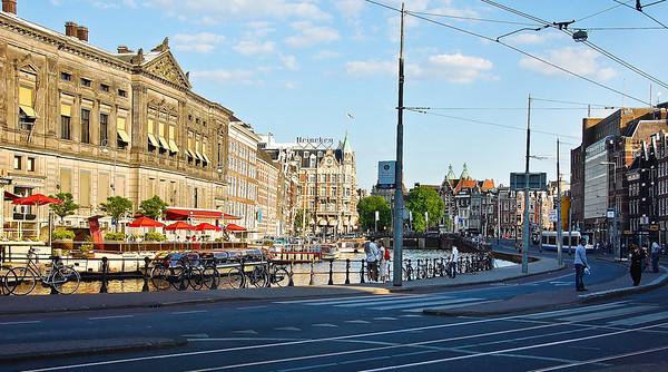 amsterdam-street-scene-4