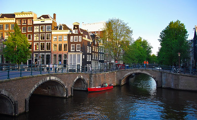 amsterdam-canal-4