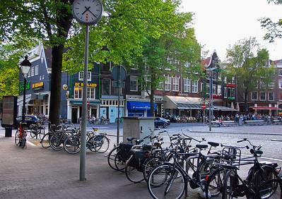 amsterdam-street-scene-5