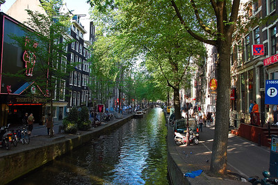 amsterdam-canal-3