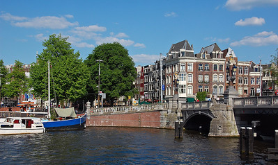 amsterdam-canal-2